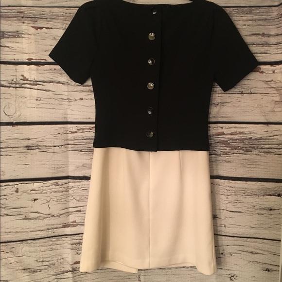 White House Black Market Dress. Size 00